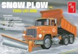 AMT - Snow Plow Ford LNT-8000 1/25