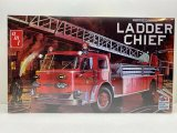 AMT - American Lafrance Ladder Chief 1/25